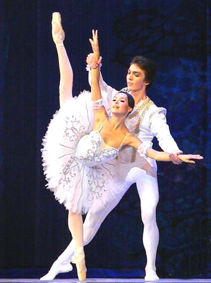 Балерина в театре