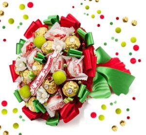Цветочный букет из конфет
