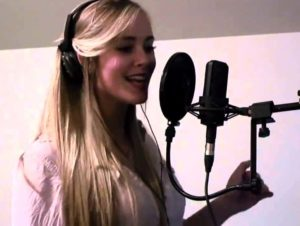В студии звукозаписи