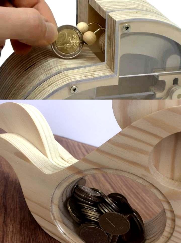Копилка деревянная