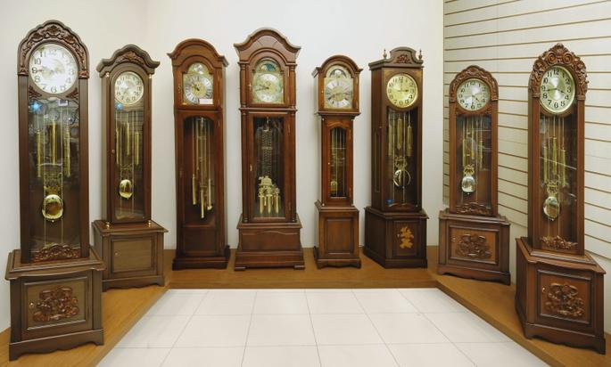 Выбираем напольные часы