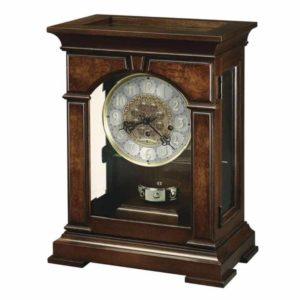Часы из дерева на стол