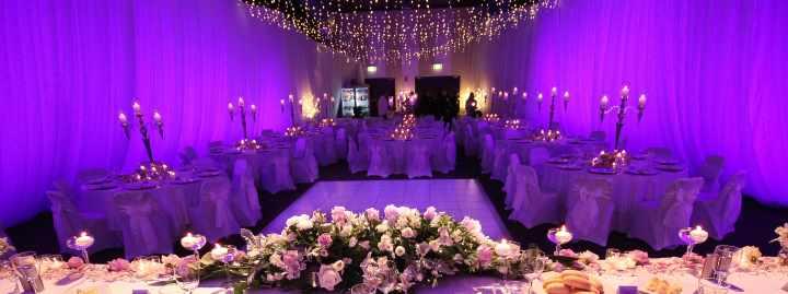 Фиолетовое убранство стола