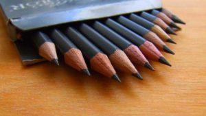 Разной твердости карандаши