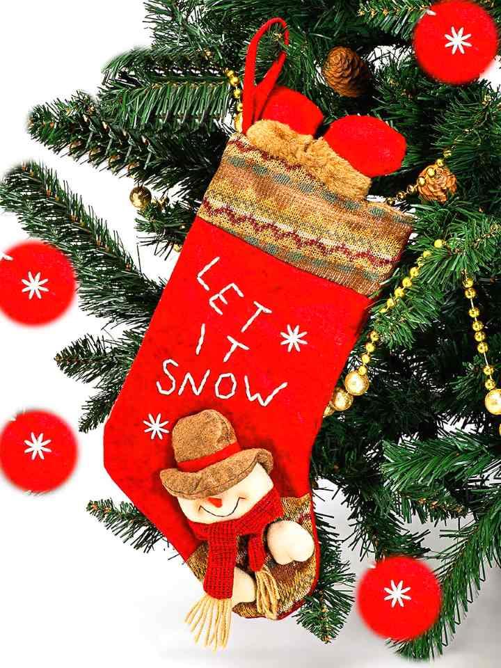 Красный носок с подарками