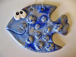 Из глины и теста синяя рыба