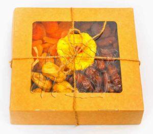 Сушеные фрукты в коробочке