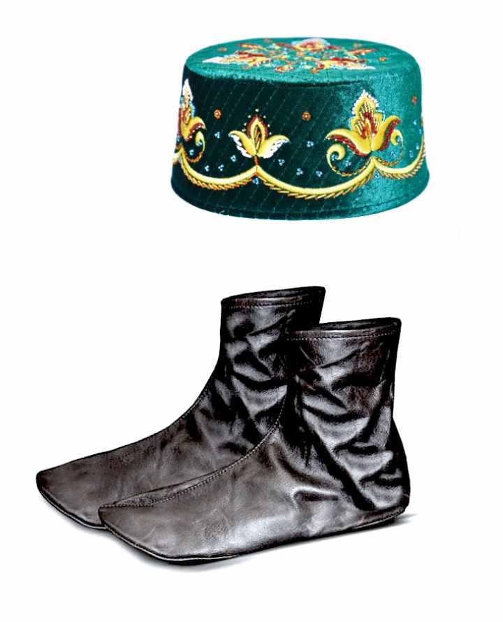 Подарочный вариант тюбетейки и кожаных носков