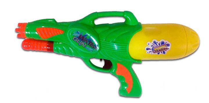 Водный пистолет на 23 февраля в подарок