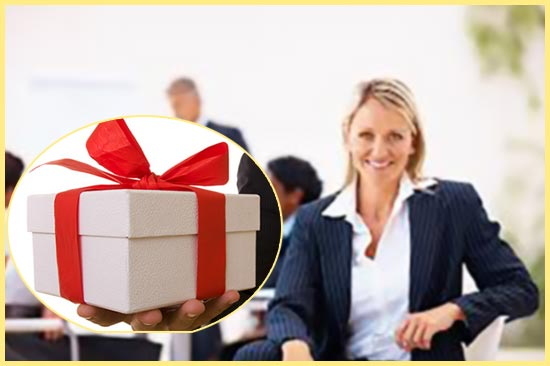 Менеджер и подарок