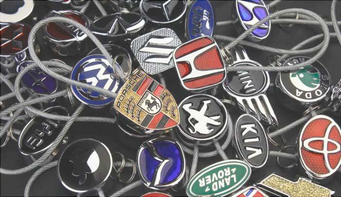 Автомобильные брелоки любимой марки авто