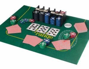 Игровой стол с покером