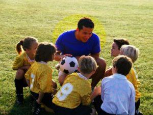 Футбольный детский тренер
