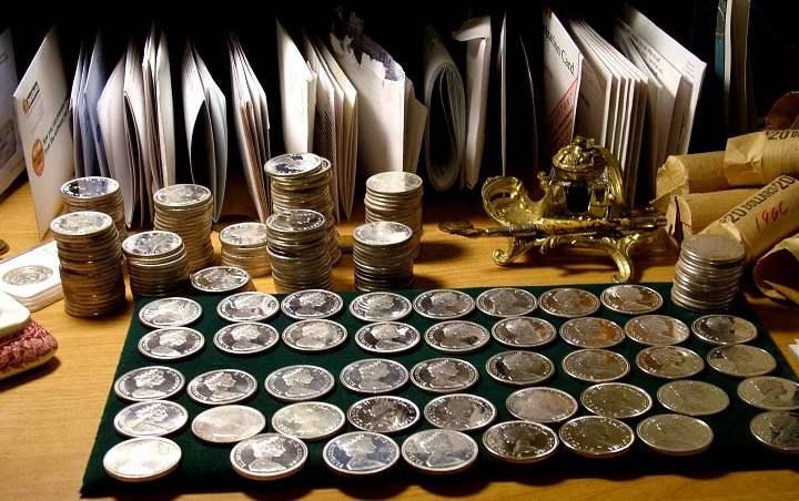 Монеты для мужчины