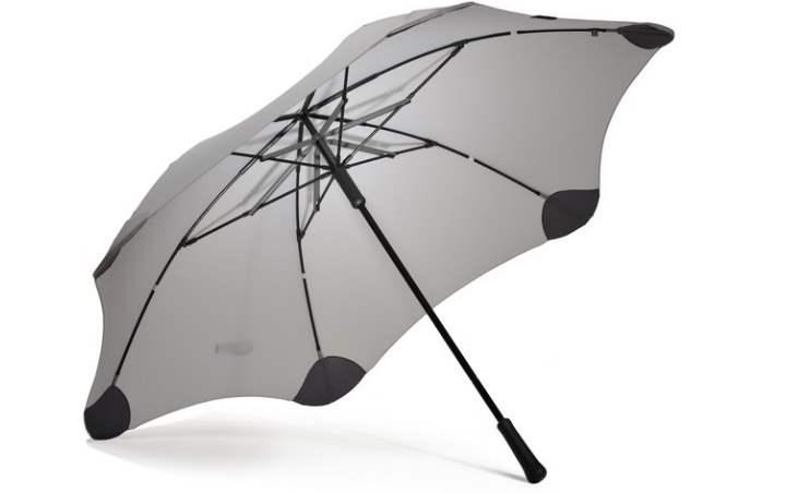 Зонтик в подарок парню