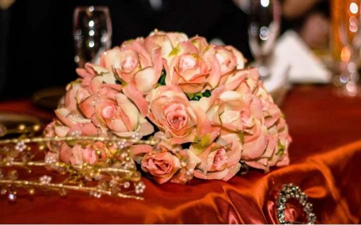 Свадьбу можно отнести к старинным обрядам