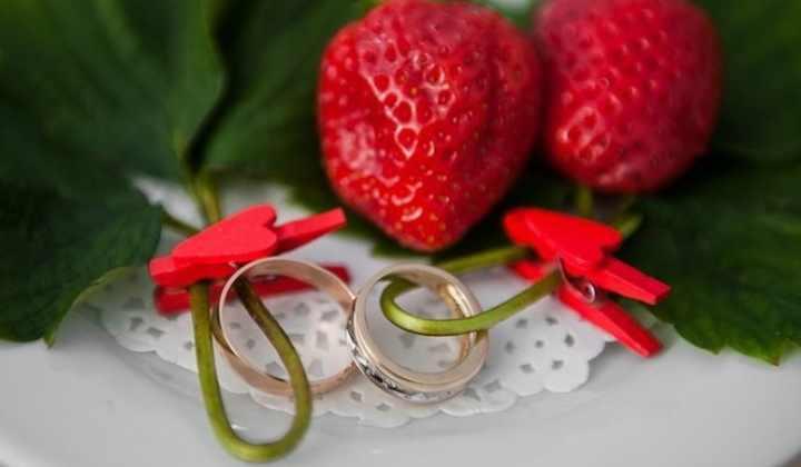 33 года какая свадьба каменная или клубничная