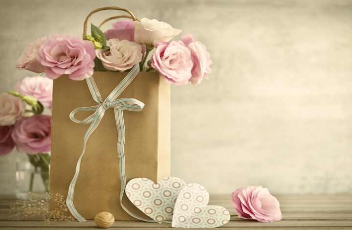 Идеи памятных подарков коллеге